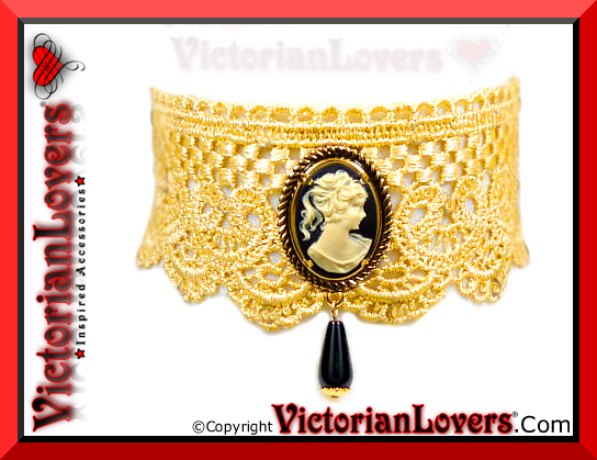 Collarino Cammeo by VictorianLovers.com