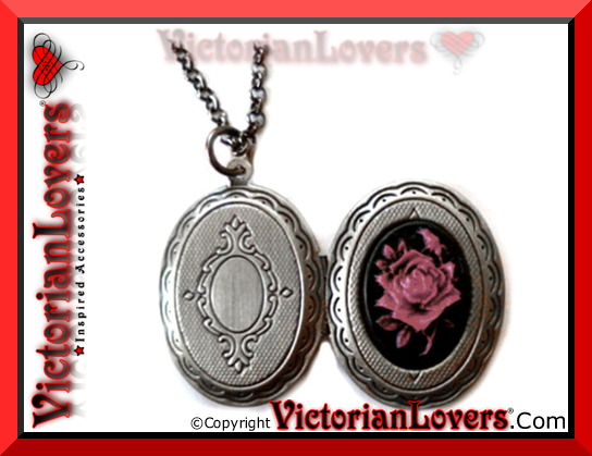 Collana Gothic Locket - Purple Rose by VictorianLovers.com