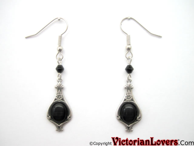 VictorianLovers.com earrings cat's eye edition